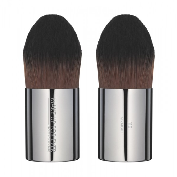 MAKE UP FOR EVER Foundation Kabuki Brush - 110 Medium